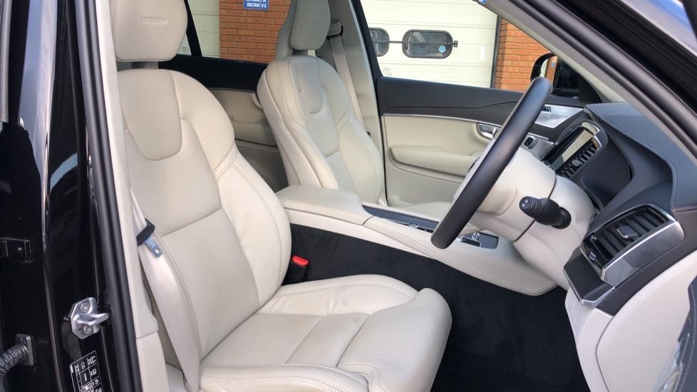 Volvo XC90 T8 Hybrid Inscription Pro AWD Auto, Xenium Pack, Sunroof, 360 Camera, Bowers & Wilkins Audio image 28