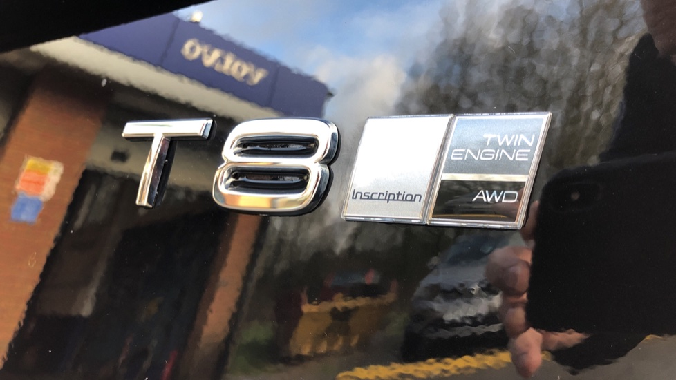 Volvo XC90 T8 Hybrid Inscription Pro AWD Auto, Xenium Pack, Sunroof, 360 Camera, Bowers & Wilkins Audio image 46