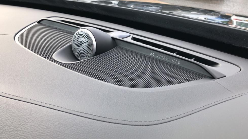 Volvo XC90 T8 Hybrid Inscription Pro AWD Auto, Xenium Pack, Sunroof, 360 Camera, Bowers & Wilkins Audio image 7