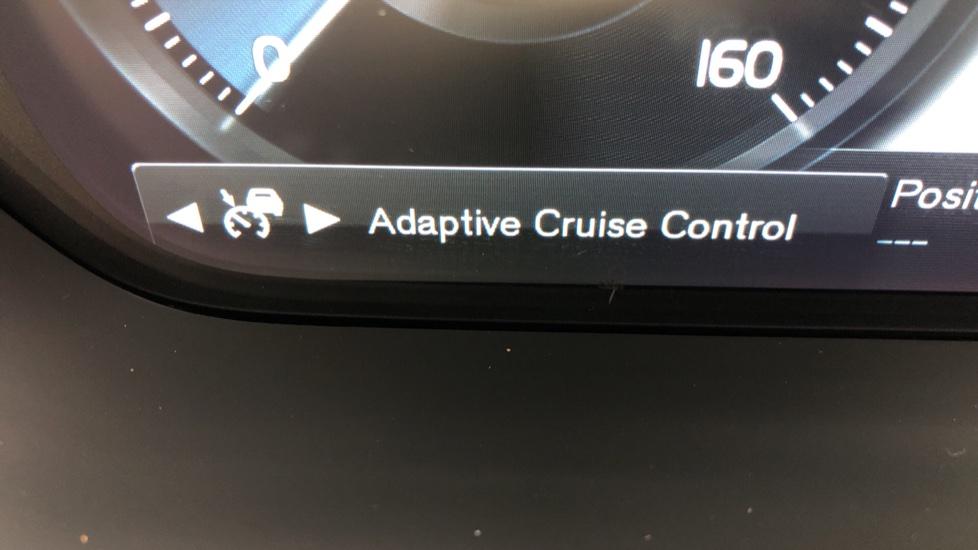 Volvo XC90 T8 Hybrid Inscription Pro AWD Auto, Xenium Pack, Sunroof, 360 Camera, Bowers & Wilkins Audio image 17