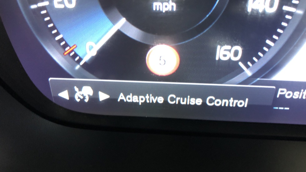 Volvo V60 T5 Cross Country Plus AWD Auto, Intellisafe Pro, Winter pack, Adaptive Cruise Control image 15