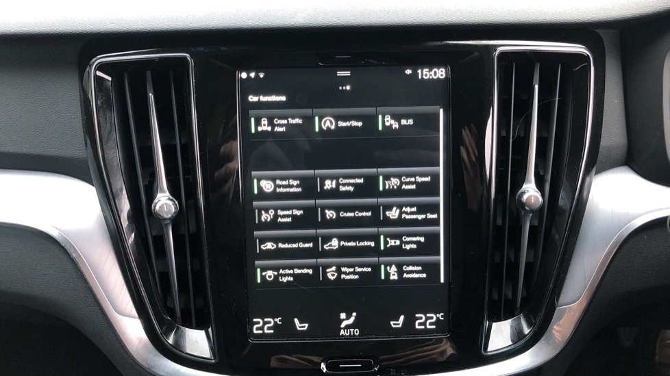 Volvo V60 T5 Cross Country Plus AWD Auto, Intellisafe Pro, Winter pack, Adaptive Cruise Control image 22