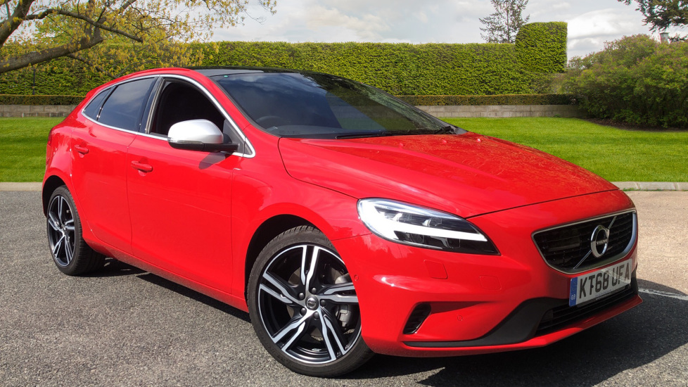 Volvo V40 D2 R Design Edition Auto, WinterPk, IntellisafeProPk, XeniumPk, Bending Lights, DAB 2.0 Diesel Automatic 5 door Hatchback (2019) image