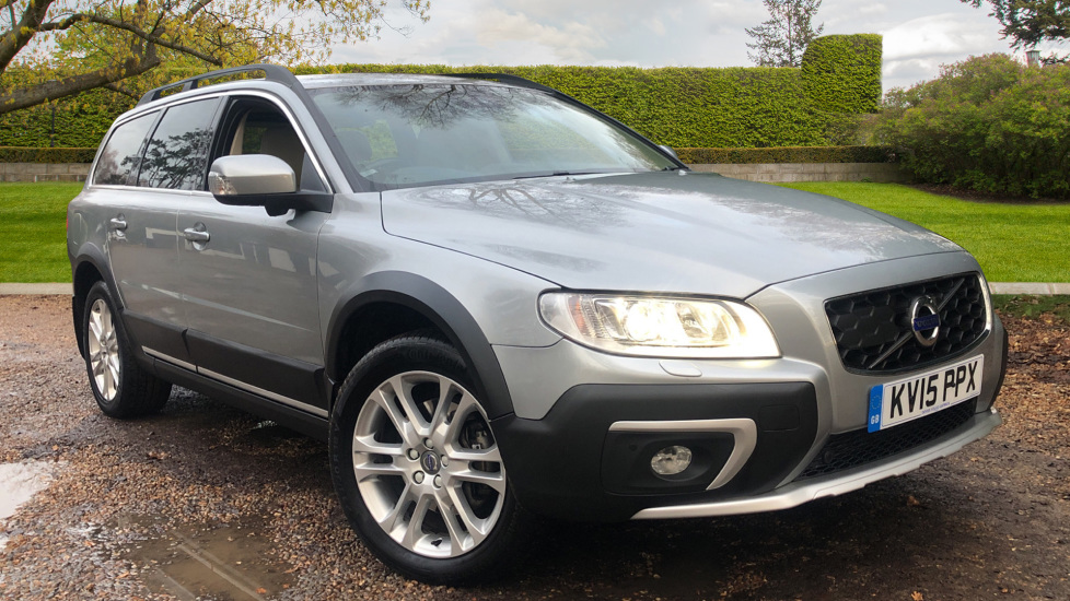 Volvo XC70 D5 SE Lux AWD Auto, Nav, Drivers Support Pk, Winter Pk with Active Bending Lights, Tints, R.Sensors 2.4 Diesel Automatic 5 door 4x4 (2015) image