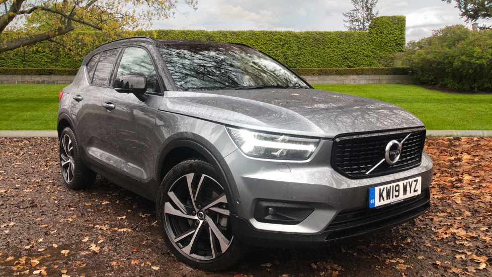 Volvo XC40 T5 R Design Pro AWD AT, Xenium & Convenience Pks, Intellisafe Pro, S/Phone Int, Keyless Drive 2.0 Automatic 5 door 4x4 (2019)
