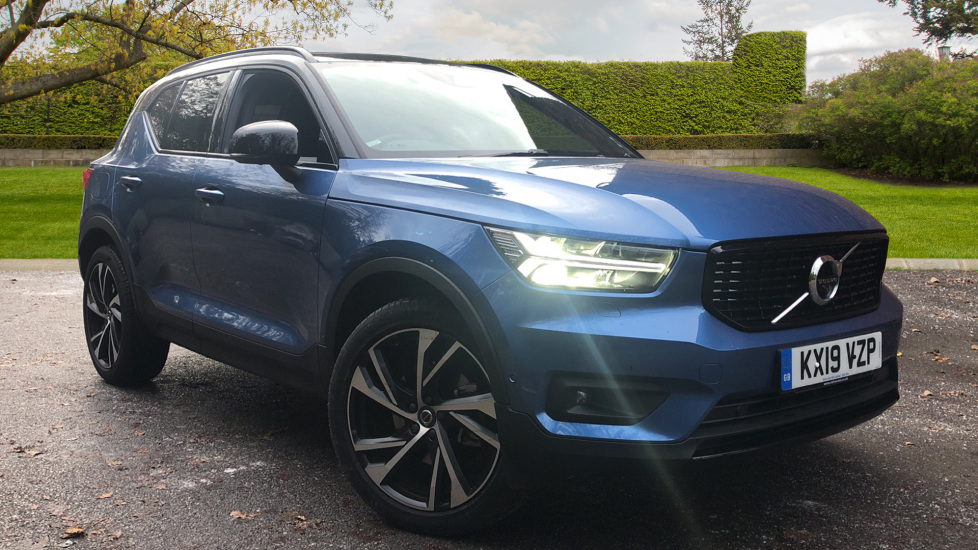 Volvo XC40 D3 R Design AWD AT, Winter/Convenience/Xenium Pks, Keyless Drive, S/Phone Int, Intellisafe Pro 2.0 Diesel Automatic 5 door 4x4 (2019) image