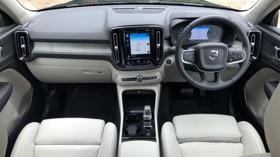 Volvo XC40 D3 Inscription Pro AWD Auto, Xenium Pack, Sunroof, 360 Camera, BLIS, Smartphone Integration, Tints image 10