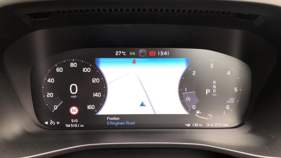 Volvo XC40 D3 Inscription Pro AWD Auto, Xenium Pack, Sunroof, 360 Camera, BLIS, Smartphone Integration, Tints image 11