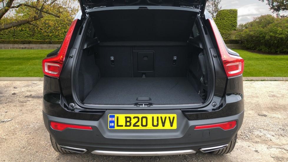 Volvo XC40 D3 Inscription Pro AWD Auto, Xenium Pack, Sunroof, 360 Camera, BLIS, Smartphone Integration, Tints image 32
