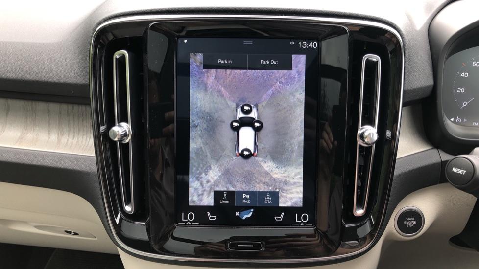 Volvo XC40 D3 Inscription Pro AWD Auto, Xenium Pack, Sunroof, 360 Camera, BLIS, Smartphone Integration, Tints image 7