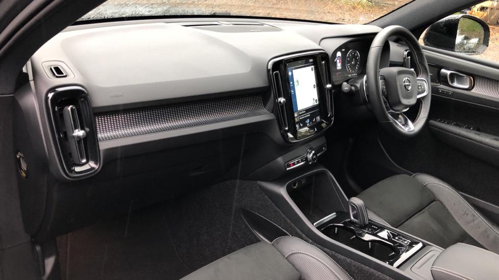 Volvo XC40 T5 First Edition AWD Auto, Launch Model, Nav, Sunroof, 360 Camera, HK Audio, Heated Seats image 14