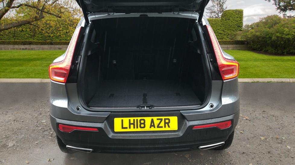Volvo XC40 T5 First Edition AWD Auto, Launch Model, Nav, Sunroof, 360 Camera, HK Audio, Heated Seats image 37