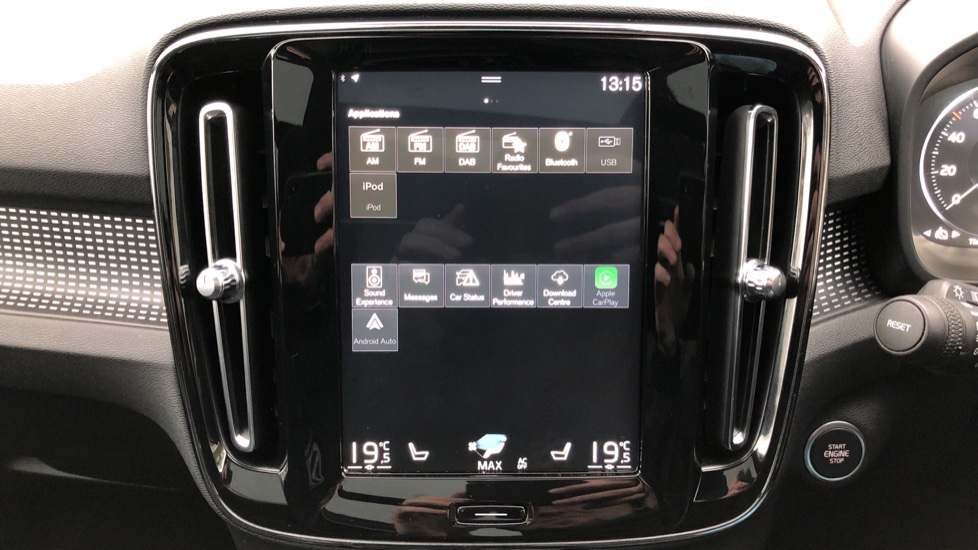 Volvo XC40 T5 First Edition AWD Auto, Launch Model, Nav, Sunroof, 360 Camera, HK Audio, Heated Seats image 31