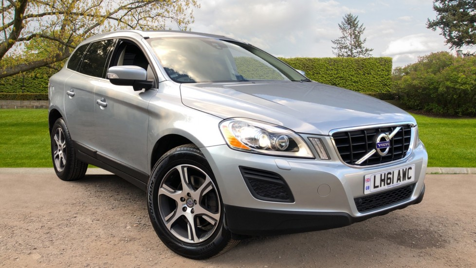 Volvo XC60 D5 SE Lux AWD Auto, Nav, Premium, Family & Security Packs, Rear Camera, Keyless Drive, BLIS 2.4 Diesel Automatic 5 door 4x4 (2011)