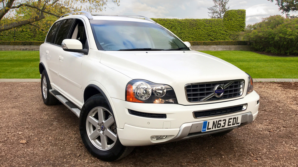 Volvo XC90 2.4 D5 ES Auto With. Sunroof, Front and Rear Park Assist & Climate Control Diesel Automatic 5 door Estate (2013) image