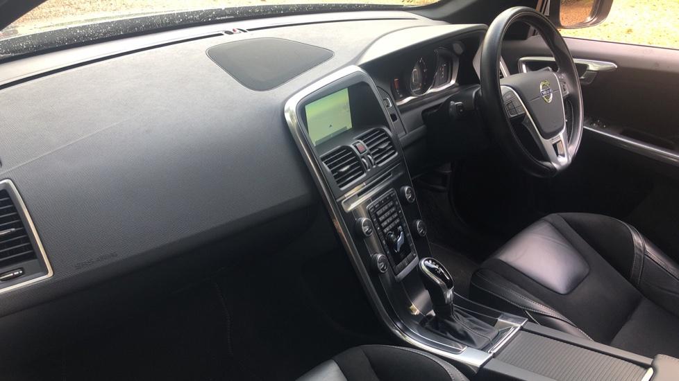 Volvo XC60 D4 R Design Nav Auto, Winter Pk, Heated Screen & Seats, Rr Sensors, Tempa Spare Wheel. image 8
