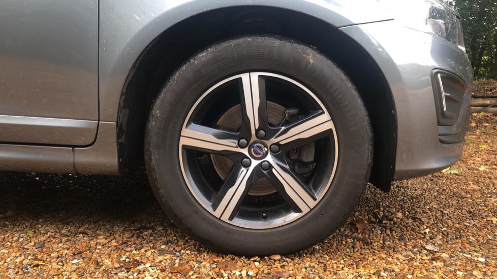 Volvo XC60 D4 R Design Nav Auto, Winter Pk, Heated Screen & Seats, Rr Sensors, Tempa Spare Wheel. image 16
