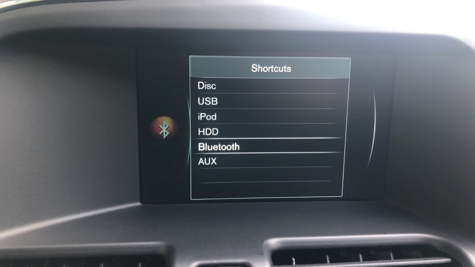 Volvo XC60 D4 R Design Nav Auto, Winter Pk, Heated Screen & Seats, Rr Sensors, Tempa Spare Wheel. image 11