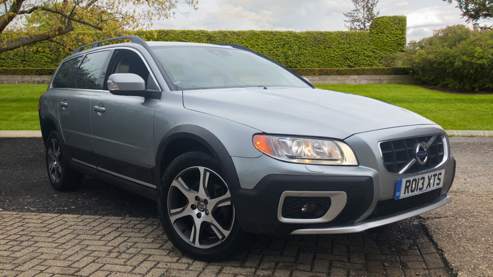 Volvo XC70 D5 SE Lux Nav Auto with DAB Radio, Heated Front Seats and Tempa Spare Wheel. 2.4 Diesel Automatic 5 door Estate (2013) image