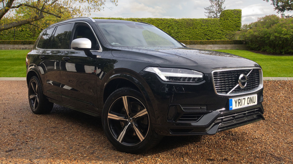 Volvo XC90 2.0 T8 Hybrid R Design Auto, Pano Roof, Nav, S/Phone Int, LED Bending Lights. Petrol/Electric Automatic 5 door 4x4 (2017) image