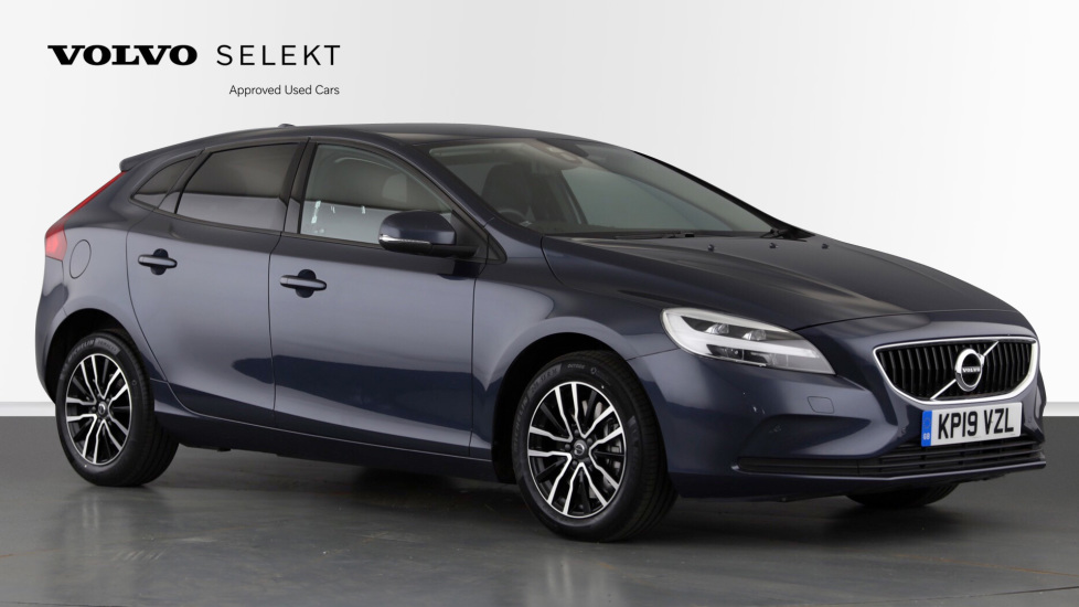 Volvo V40 T2 Momentum Nav Plus, Winter Edition, Ft Park Sensors, Privacy Glass & Volvo On Call 1.5 Automatic 5 door Hatchback (2019) image