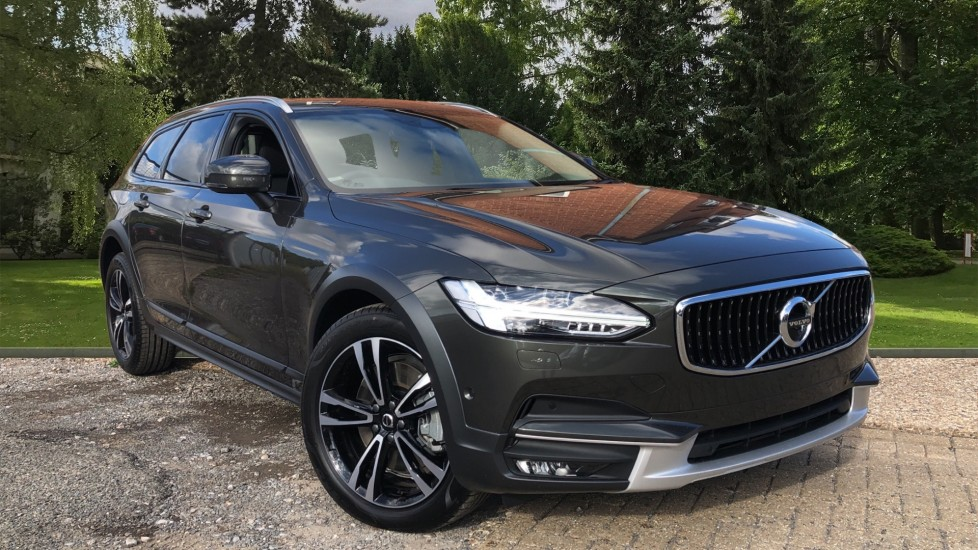 Volvo V90 T5 AWD CROSS COUNTRY PLUS Automatic 5 door at Volvo Gatwick thumbnail image