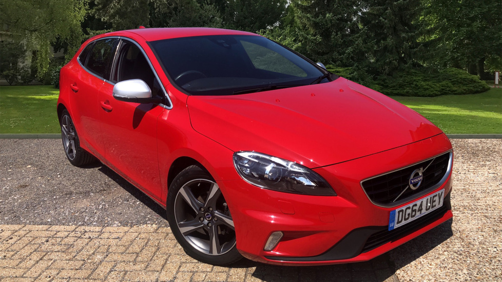 Volvo V40 D2 R Design Lux Nav with Winter Pack, High Performance Sound & Rear Park Assist. 1.6 Diesel 5 door Hatchback (2014) image