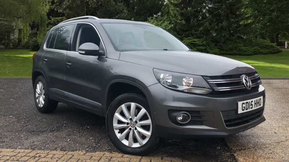 Volkswagen Tiguan 2.0 TDi BlueMotion Tech Match 5dr DSG with Leather Seats, Storage Pack & Cruise Control. Diesel Automatic Estate (2015) image
