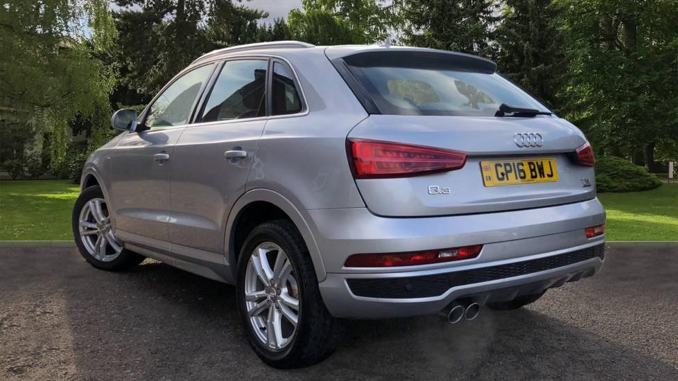 Audi Q3 2.0T FSI Quattro S Line Navigation Auto, Rear Sensors, Audi Parking Plus System, DAB Radio image 4