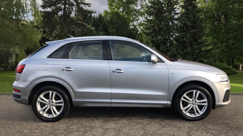 Audi Q3 2.0T FSI Quattro S Line Navigation Auto, Rear Sensors, Audi Parking Plus System, DAB Radio image 2