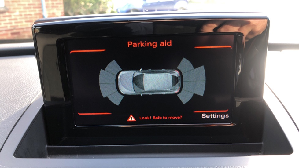 Audi Q3 2.0T FSI Quattro S Line Navigation Auto, Rear Sensors, Audi Parking Plus System, DAB Radio image 6