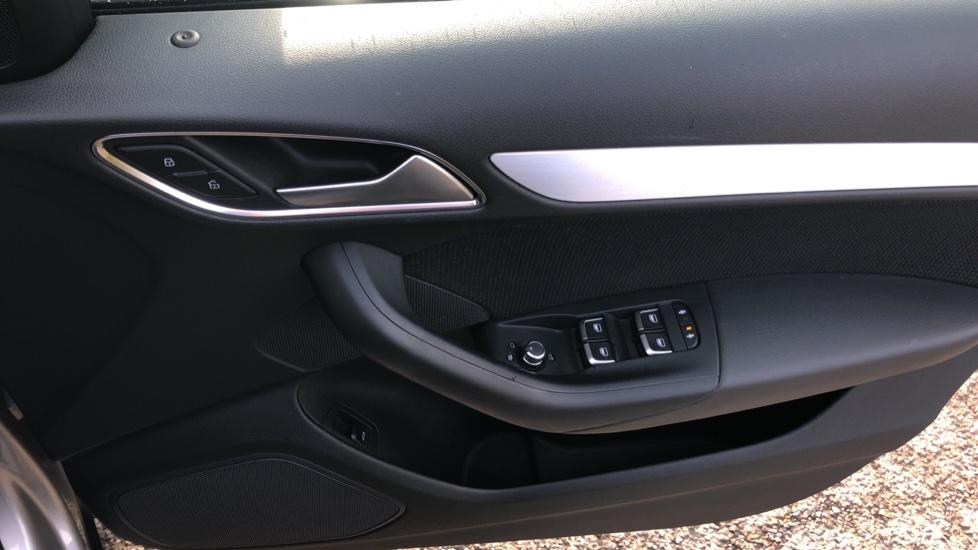 Audi Q3 2.0T FSI Quattro S Line Navigation Auto, Rear Sensors, Audi Parking Plus System, DAB Radio image 29