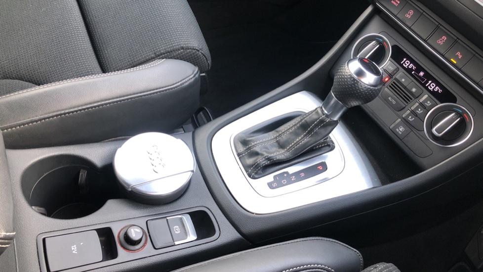 Audi Q3 2.0T FSI Quattro S Line Navigation Auto, Rear Sensors, Audi Parking Plus System, DAB Radio image 21