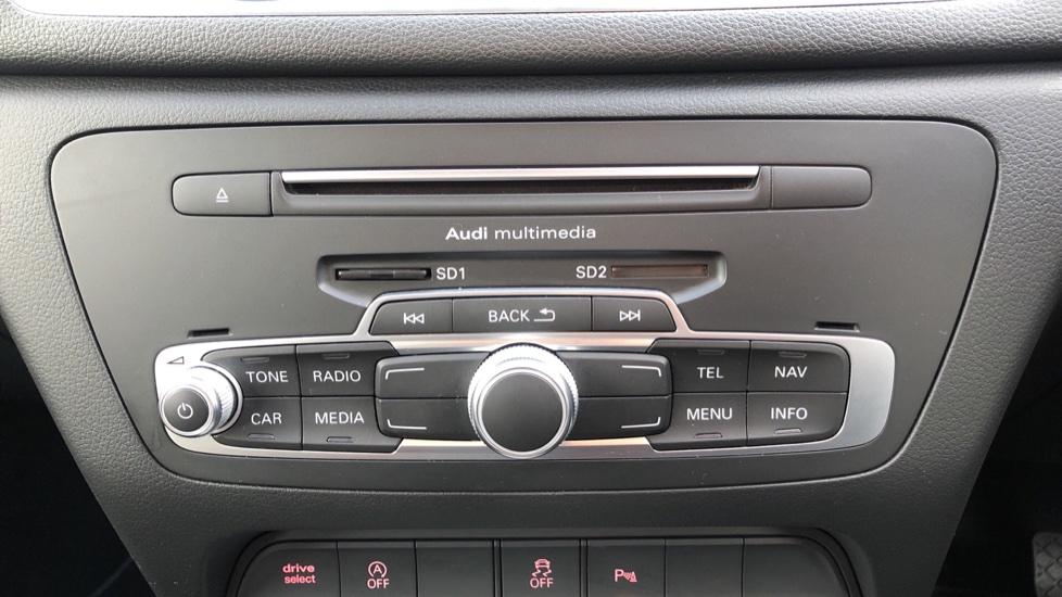 Audi Q3 2.0T FSI Quattro S Line Navigation Auto, Rear Sensors, Audi Parking Plus System, DAB Radio image 19