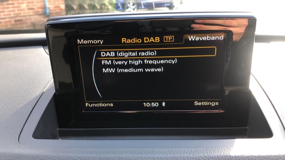Audi Q3 2.0T FSI Quattro S Line Navigation Auto, Rear Sensors, Audi Parking Plus System, DAB Radio image 22