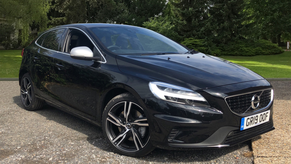 Volvo V40 T2 R Design Edition Auto with Winter Pk, Harmon Kardon, Nav, F & R Sensors & Active Bending Lights.  1.5 Automatic 5 door Hatchback (2019) at Volvo Horsham thumbnail image