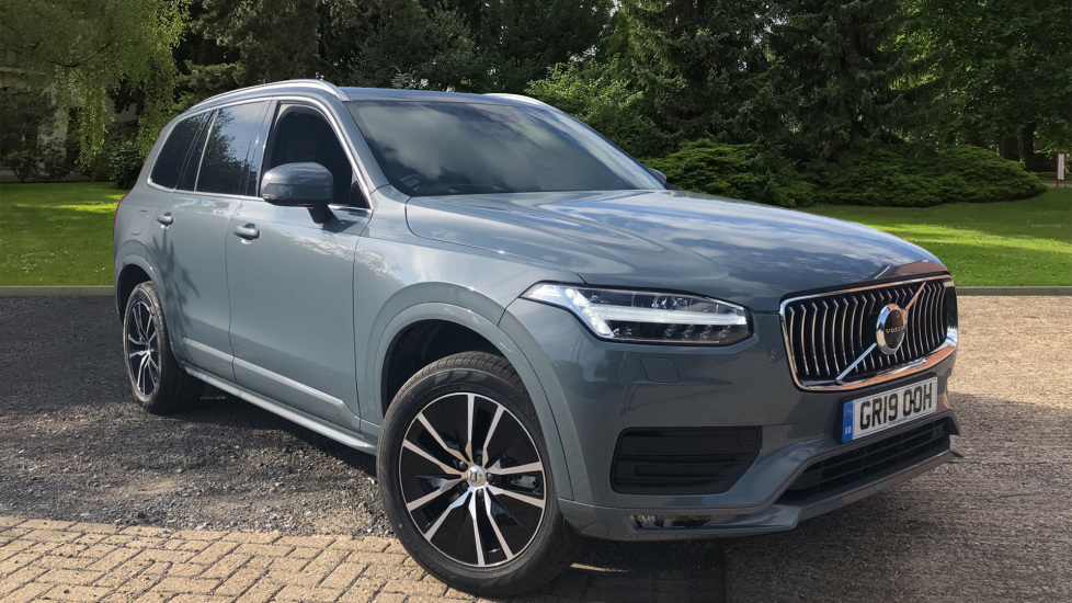 Volvo XC90 B5 Momentum Pro Mild Hybrid AWD AT with 7SeatComfortPk, 360Cam, BLIS, Tints, 3PinSkt. 2.0 Diesel Automatic 5 door 4x4 (2019)