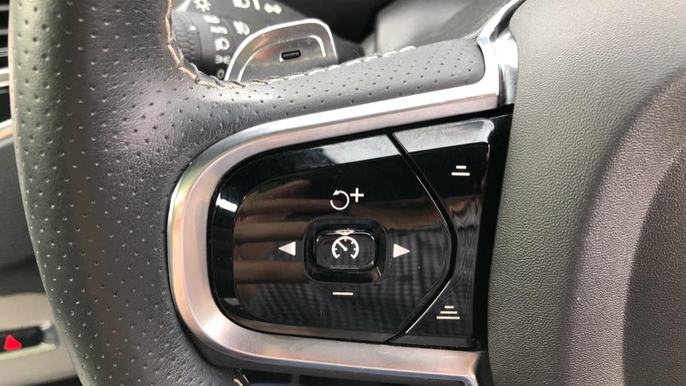 Volvo XC90 D5 PowerPulse R Design AWD Auto, Xenium, Winter & Family Packs, HUD, BLIS, Smartphone Int, image 17