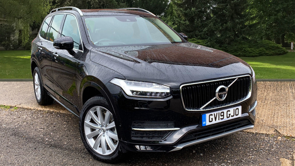 Volvo XC90 2.0 D5 PowerPulse Momentum Pro AWD Auto W. Xenium Pack, Front & Rear Park Assist Diesel Automatic 5 door Estate (2019) image
