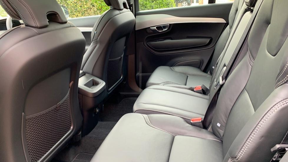 Volvo XC90 2.0 D5 PowerPulse Momentum Pro AWD Auto W. Xenium Pack, Front & Rear Park Assist image 10