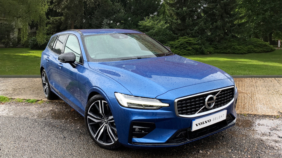 Volvo V60 2.0 T5 R Design Pro Auto W. Smartphone Integration, 360 Camera & Harmon kardon  Automatic 5 door Estate (2019)