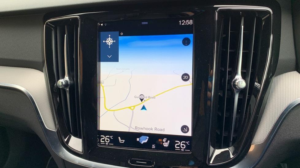 Volvo V60 2.0 T5 R Design Pro Auto W. Smartphone Integration, 360 Camera & Harmon kardon  image 13