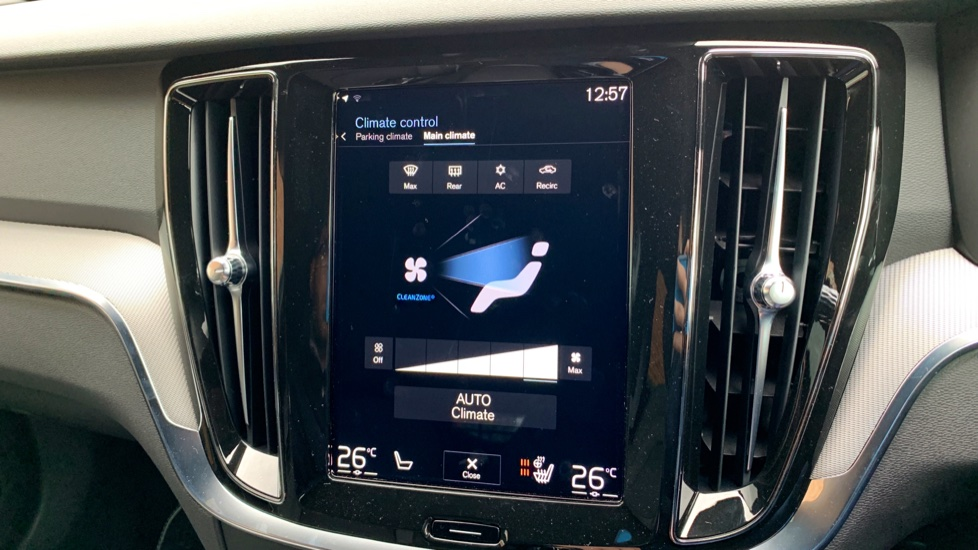 Volvo V60 2.0 T5 R Design Pro Auto W. Smartphone Integration, 360 Camera & Harmon kardon  image 14