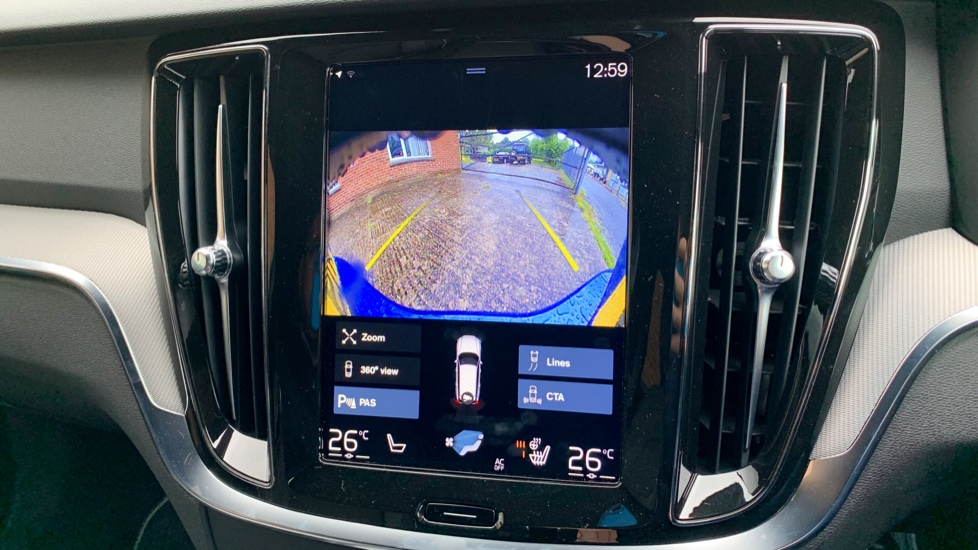 Volvo V60 2.0 T5 R Design Pro Auto W. Smartphone Integration, 360 Camera & Harmon kardon  image 19