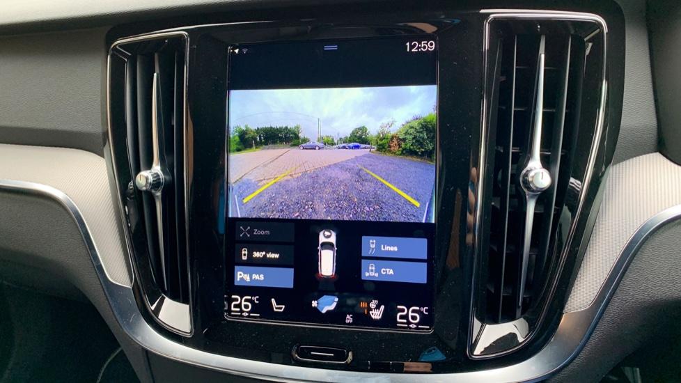 Volvo V60 2.0 T5 R Design Pro Auto W. Smartphone Integration, 360 Camera & Harmon kardon  image 20