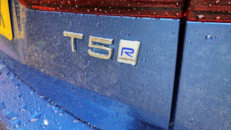Volvo V60 2.0 T5 R Design Pro Auto W. Smartphone Integration, 360 Camera & Harmon kardon  image 25