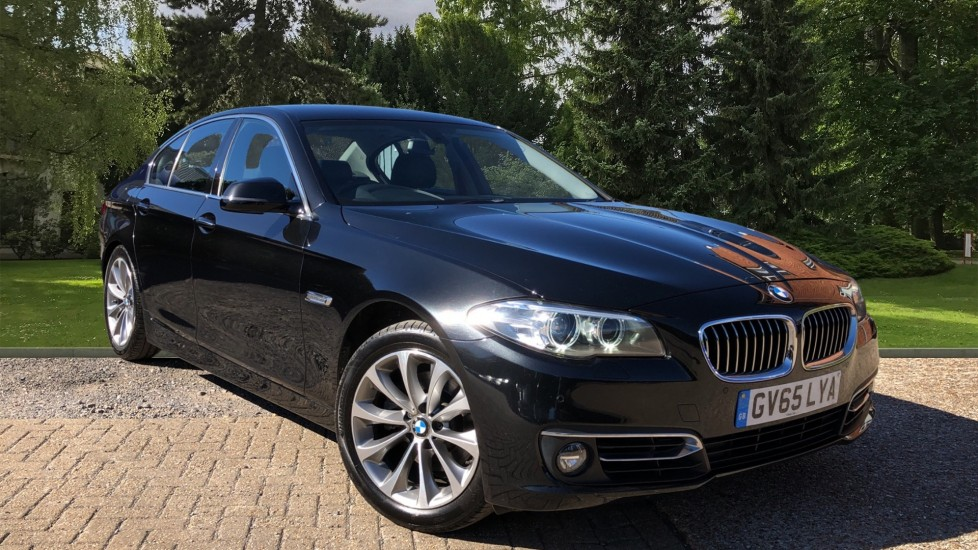 BMW 5 Series 520d Luxury Auto with Sat Nav, Exclusive Nappa Leather, F & R Park Sensors & Bi Xenon Lights 2.0 Diesel Automatic 4 door Saloon (2015)