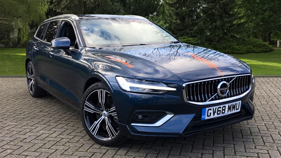 Volvo V60 2.0 D4 Inscription Pro with 360 Camera, Convenience Pack & Intellisafe Pro Diesel 5 door Estate (2018) image