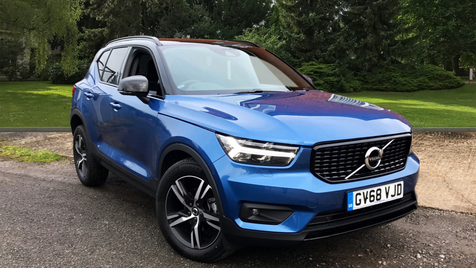 Volvo XC40 2.0 D3 R Design Auto W. Winter Pack, Convenience Pack & Smartphone Integration  Diesel Automatic 5 door Estate (2018) image