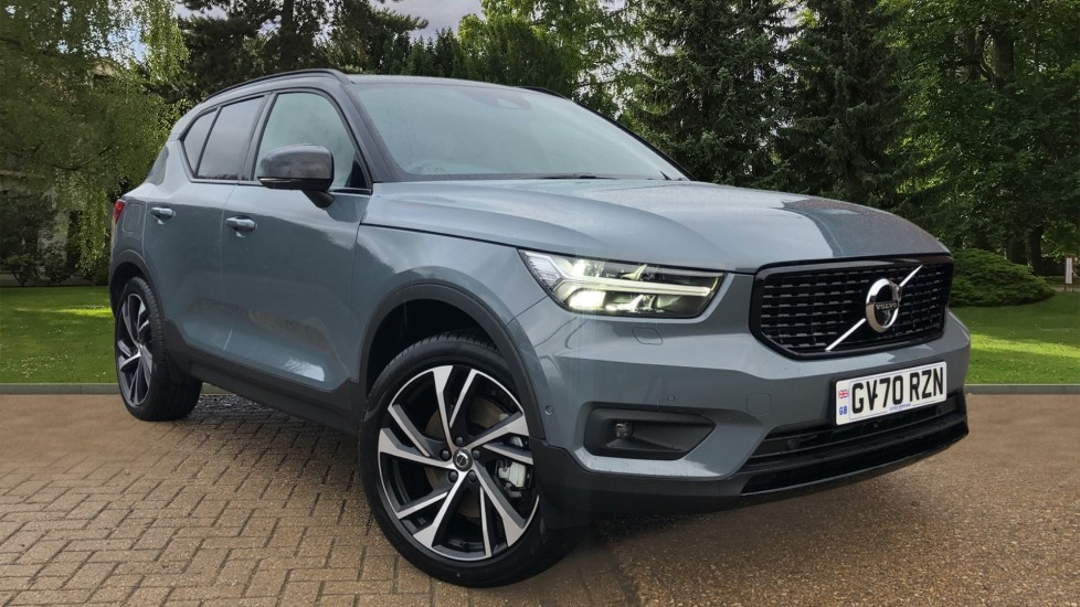 Volvo XC40 T5 Recharge PHEV R Design Pro Auto, Lounge, Versatility & Climate Packs, Sunroof, 360 Camera, BLIS 1.5 Petrol/Electric Automatic 5 door Estate (2021)